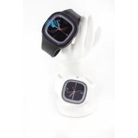 Silic Watch COLOR - černá variace s bílým rámečkem